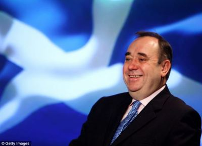 AlexSalmond=article-2598155-0876596D000005DC-211_634x459